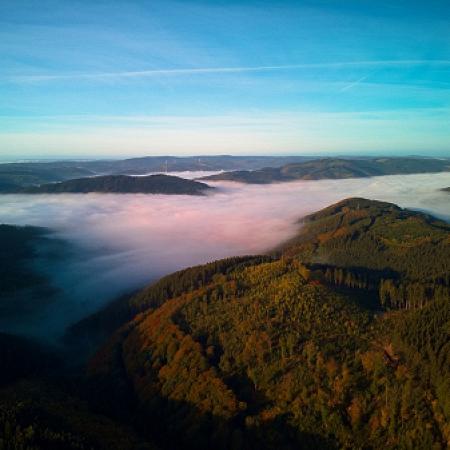 Morgentliches Plettenberg im Nebel